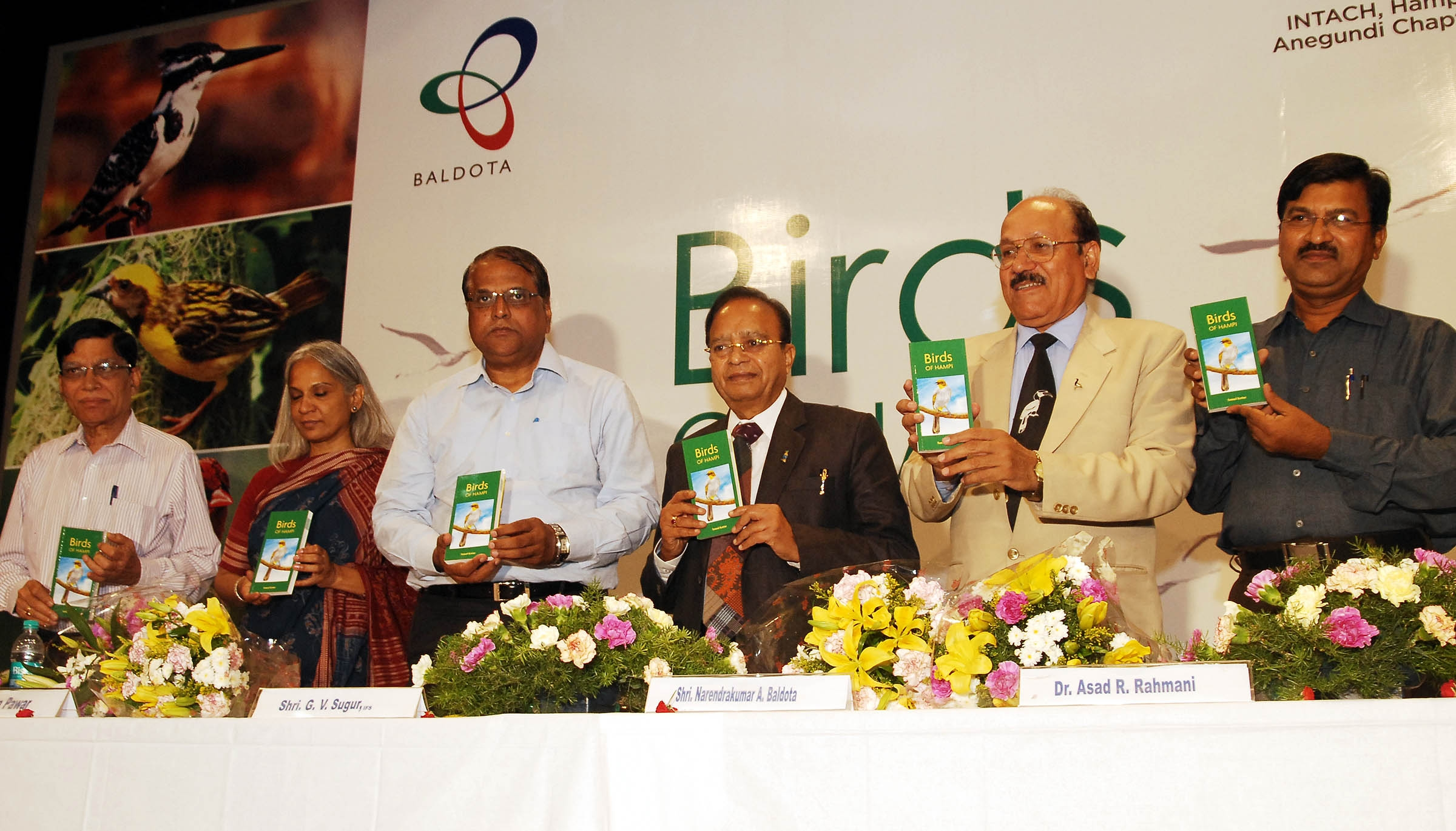 Principal Chief Conservative of Forest, G V Sugur releases a book `Birds of Hampi' authored by Samad Kottur (right) at a function in Bangalore on Saturday, 5th April 2014. Also seen are CMD, MSPL, Narendrakumar A Baldota, Director, Bombay Natural History Society, Dr Asad R Rahmani, Convener-INTACH, Hampi-Anegundi Chapter, Shama Pawar and others.